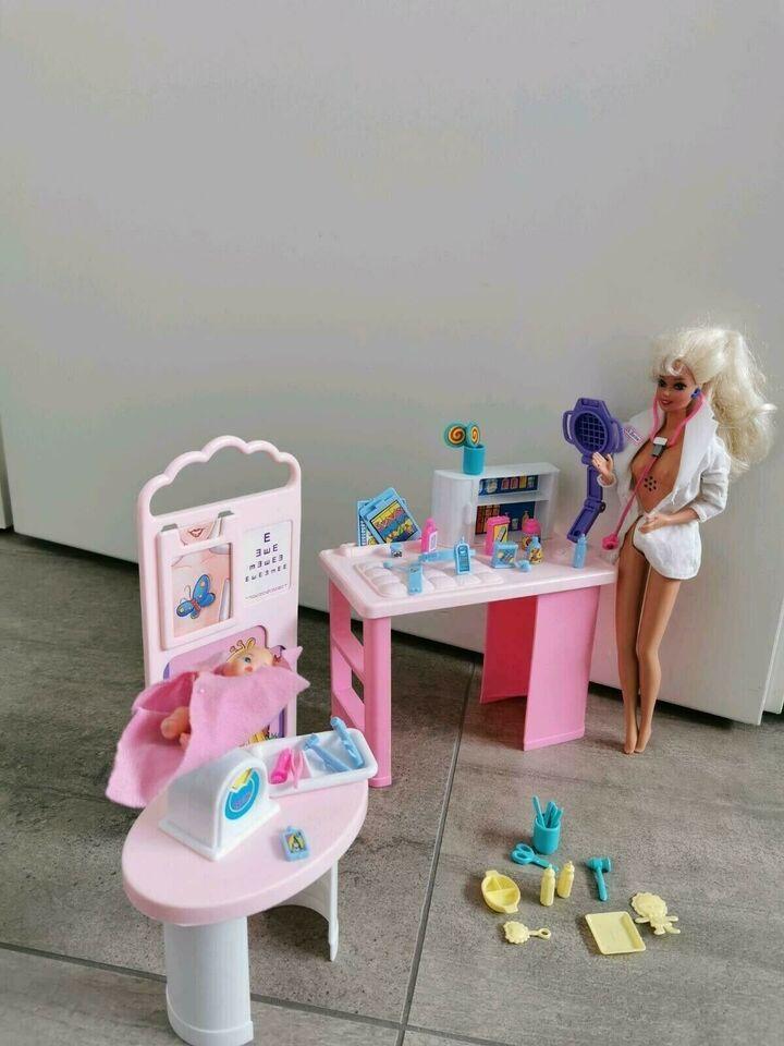 Kinderarztpraxis Barbie 90er Jahre Inkl Puppen In Niedersachsen Isernhagen Barbie Spielzeug Gebraucht Kaufen Ebay Kleinanzei Barbie 90er Barbie Puppen
