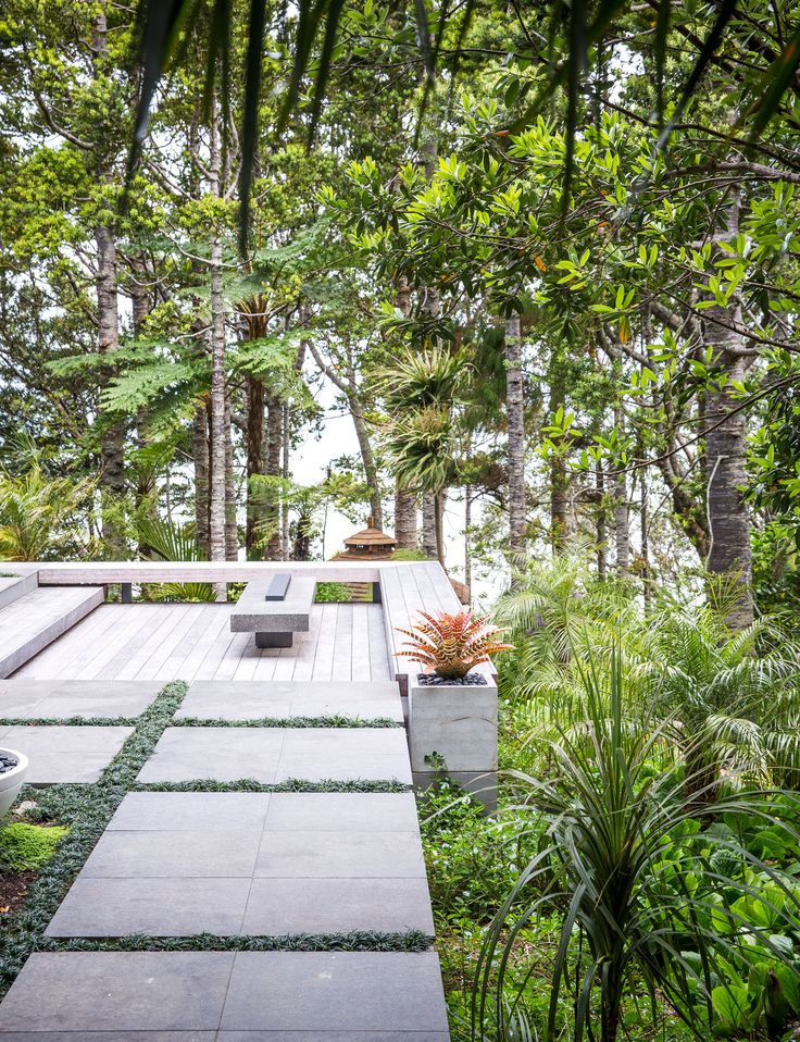 An Asian inspired design transforms a steep site in the Waitakere Ranges