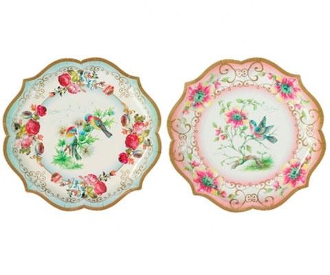 vintage design papieren borden. Waarom niet alleen de turquoise, die is qua afbeelding en kleur mooier dan de roze...