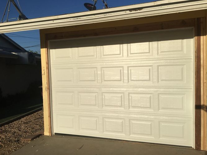 We Are Providing Best Garage Door Repairing Services Choose Us For Better Quality And Great Experience Our Team Giv Best Garage Doors Door Repair Garage Doors