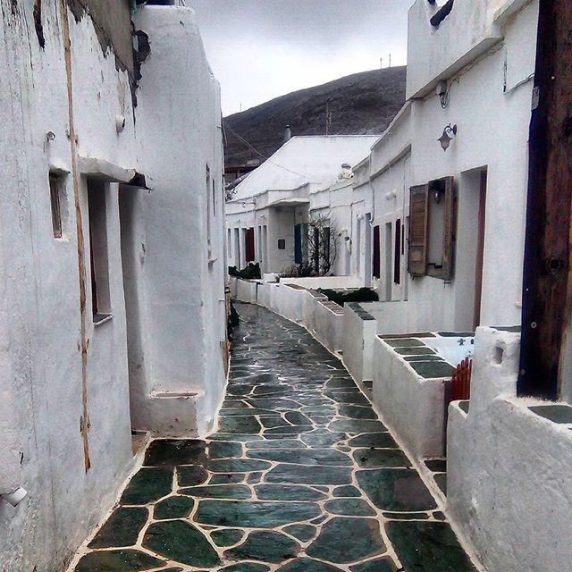 The beauty of #Folegandros during #wintertime. #Cyclades Photo credits: @marina.dek