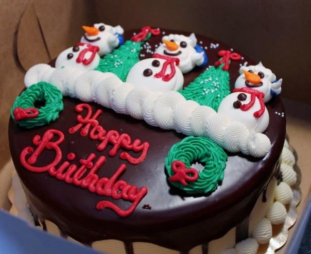 128 best Christmas Cakes Cupcakes images on Pinterest