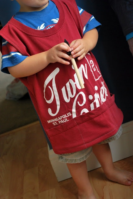 Just Another Day in Paradise: T-shirt Painters Smocks Tutorial