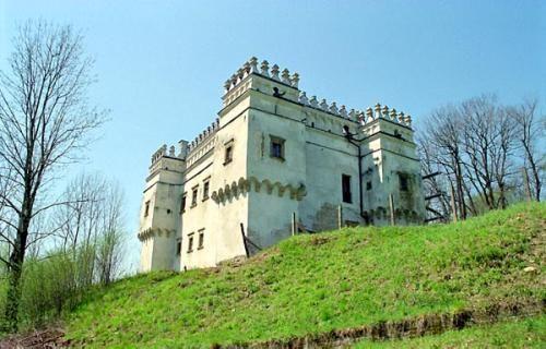 Castle Photo Archive, Szymbark, Poland