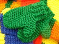 MY BABY MITTENS - free crochet pattern