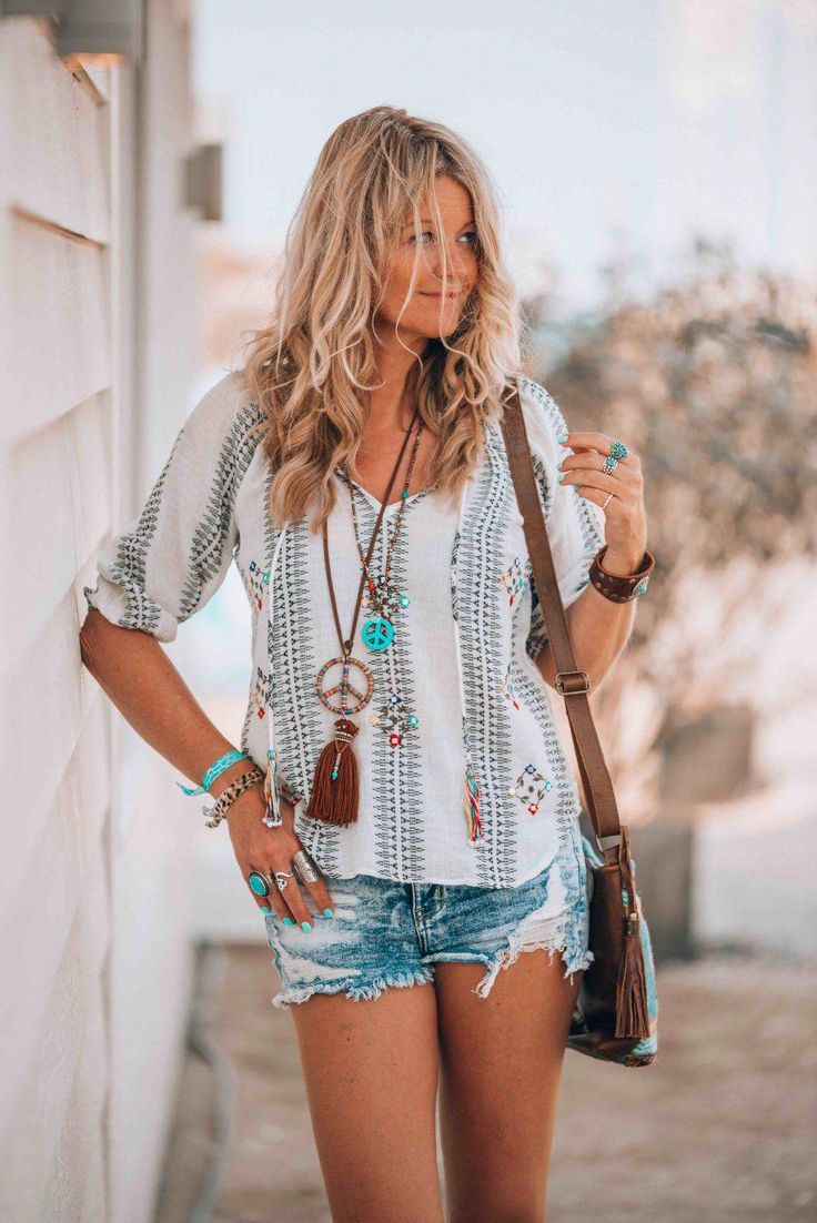 It's nothing but style! Creating this bohemian beach look was so much fun. #WomensFashionEdgy
