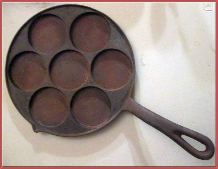 PLETT   PAN    By  Scandinavian  Importing  Co.,  Boston, Mass..  NO. 2980 , vintage,  w/ 7 rings, pour spout by Riverripples on Etsy