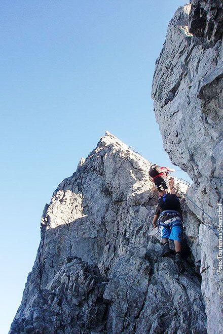 Im Mindelheimer Klettersteig zwischen nördlichem und südlichem Schafalpenkopf.   Foto: Tourismus Oberstdorf