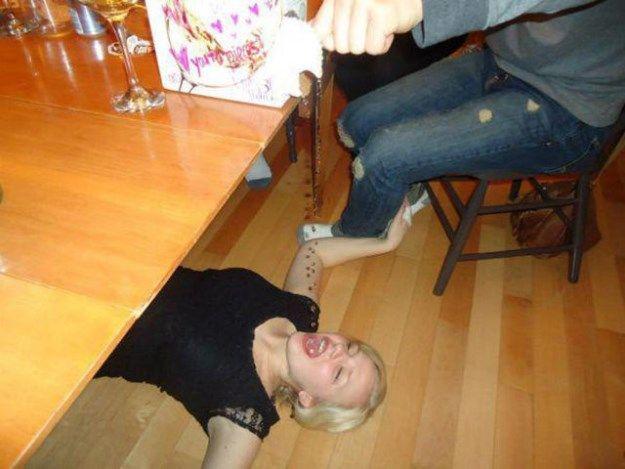 Esilarante Ubriaco e gente Wasted (22 foto)