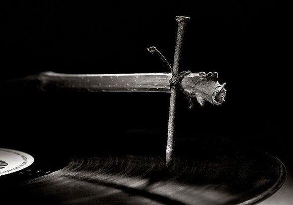 Fotografia Vlad Artazov - Arte com Pregos