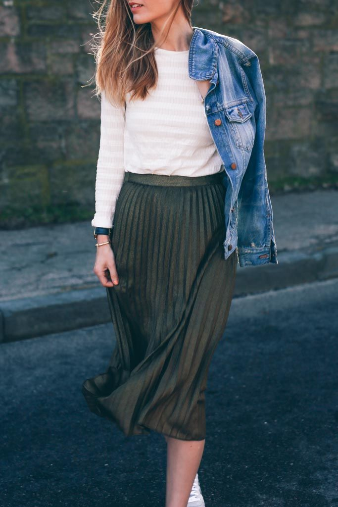Gold Pleated Midi Skirt and Madewell Jean Jacket Prosecco and Plaid