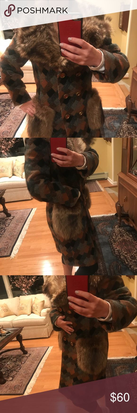 Vintage GORGEOUS Coat! Bought this beauty at a vintage trade show in NYC and it is stunning.  Keeps you warm with gorgeous fur collar and pockets. A mix of brown, gray and black wool patterns.   Made in the 🇺🇸. How rare is that nowadays!   This is such a gem and I wore it a lot when I lived in NY. No need for it now and no room 😑 Authentic Original Vintage Style Jackets & Coats