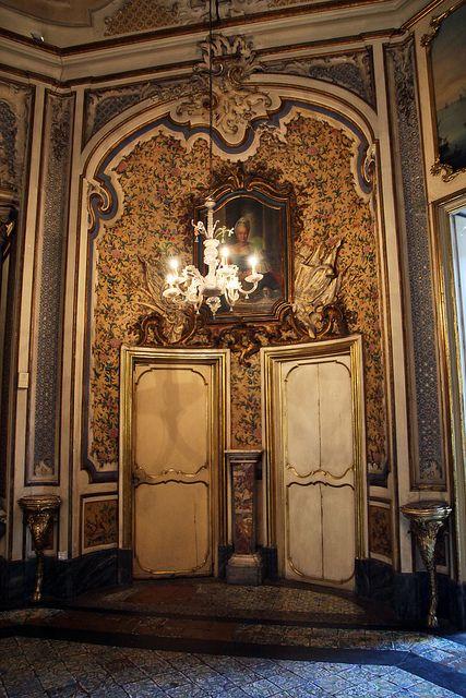 Oltre 25 fantastiche idee su porte ad arco su pinterest for Palazzo in stile spagnolo
