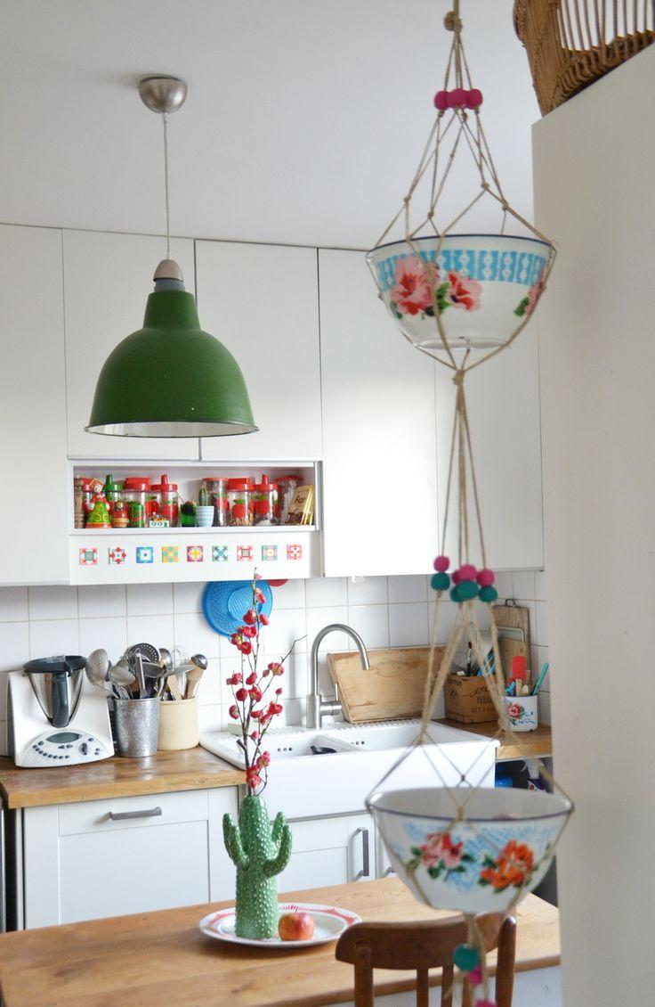 29 best hanging fruit baskets images on pinterest hanging fruit baskets macrame plant hangers. Black Bedroom Furniture Sets. Home Design Ideas