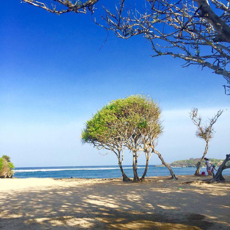 Amazing !Nusa Dua Beach and many restaurants around there.enjoy the food and sights.Nusa Dua Bali,Indonesia.
