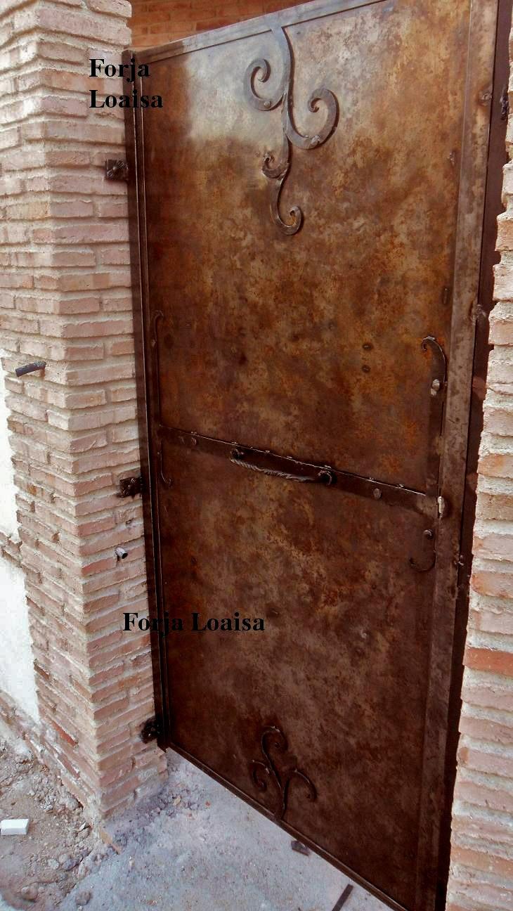 109 best images about portones de hierro on pinterest for Portones de madera y hierro