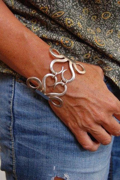Vintage forks handcrafted bracelet-vintage  forks  fork  bracelet  jewelry                                                                                                                                                                                 More