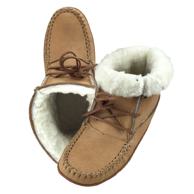 Womens Moosehide Winter Earthing with Sheepskin Lining - B41719 (Size 5 ONLY)