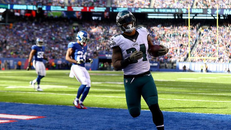 Eagles vs. Giants:  28-23, Giants  -  November 6, 2016  -    Ryan Mathews #24 of the Philadelphia Eagles scores a touchdown against the New York Giants during the second quarter of the game at MetLife Stadium on November 6, 2016 in East Rutherford, New Jersey.