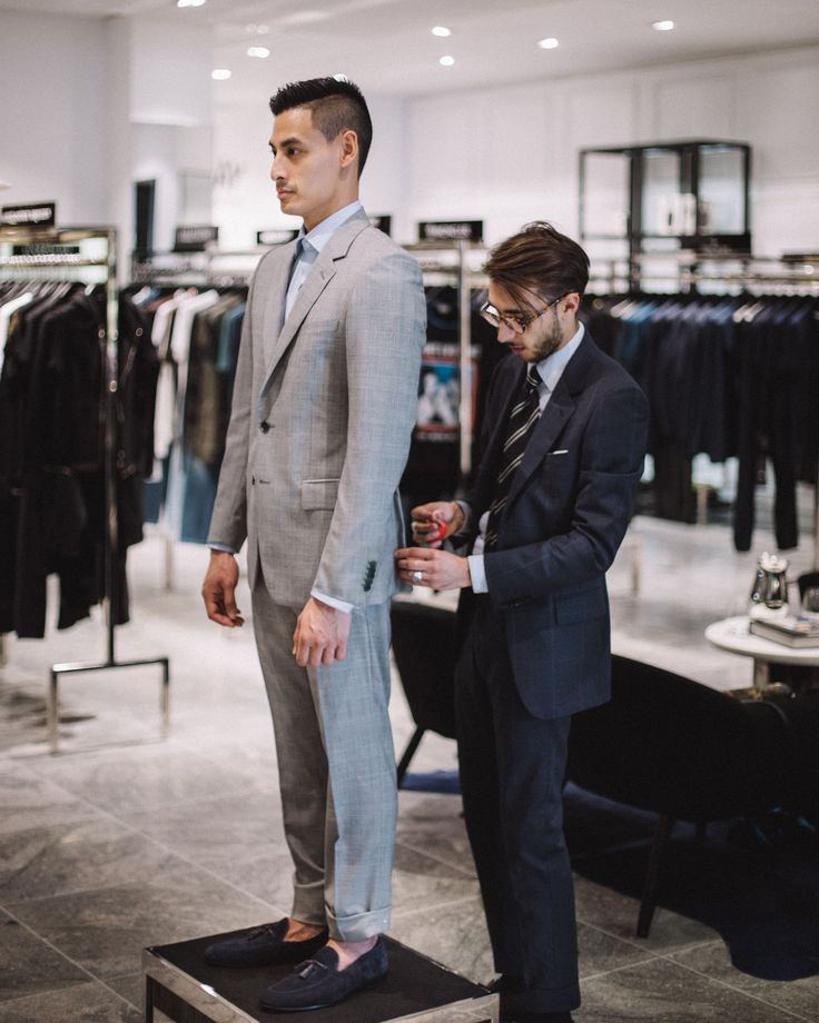 Fitted in the luxurious @HarroldsAUS Private Label suit for the Spring Races. Perfect experience learning about quality suits while sipping on some champagne  #HPL . : @GlenDavidWilson // Men's Fashion Style and Travel Blog - http://ift.tt/29K1GdU