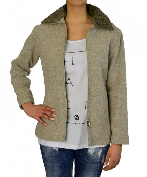 Μπεζ μπουφάν με γούνινο γιακά 135717 #γυναικειαμπουφαν #womensfashion #fashion #γυναικα