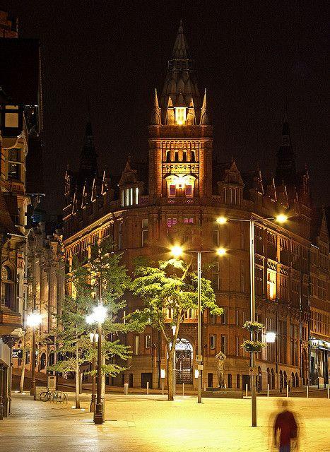 King Street,Towards the Brian Clough memorial,Nottingham http://www.rentalcarsuk.net/nottingham.html
