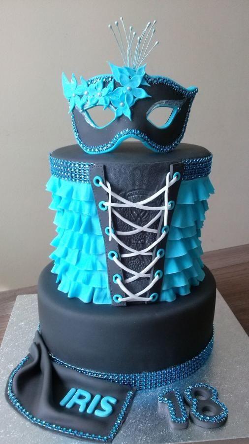 Cake with mask by Olina Wolfs