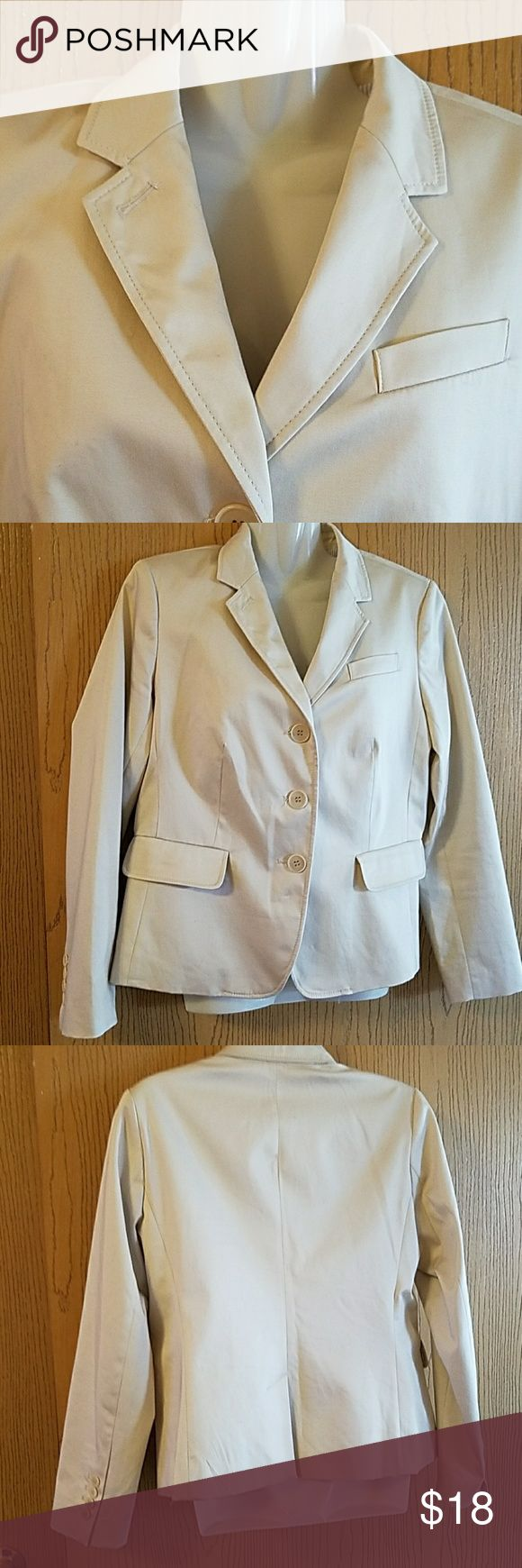 "Talbots Nice Light Tan Blazer. Goes with every Color. Length 22"", Arms 23"", Bust measures up too 36. Fully Lined. SIZE 10P. Nwot. Talbots Jackets & Coats Blazers"