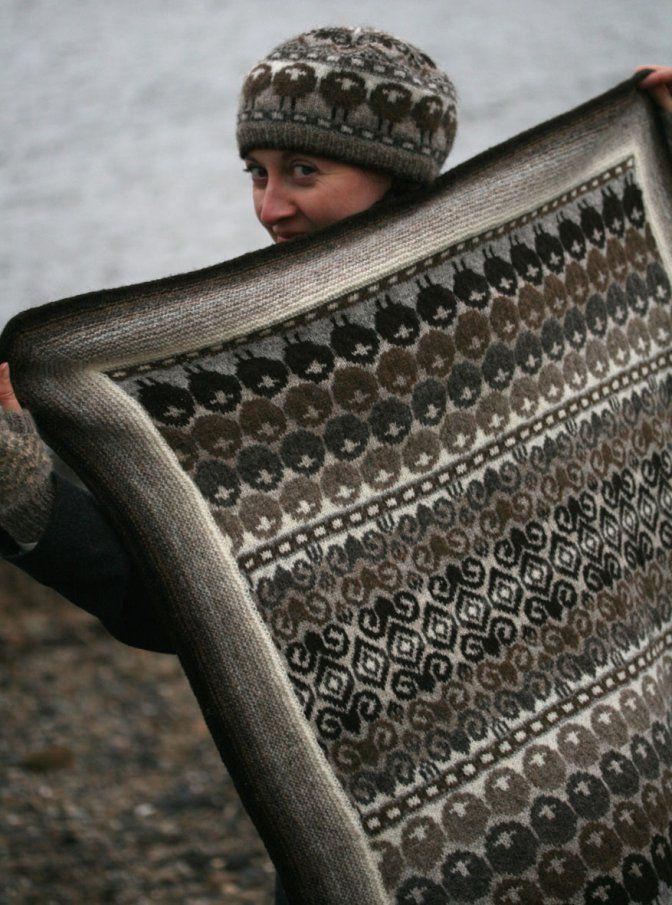 27 best Fair Isle knitting images on Pinterest   Fair isle pattern ...