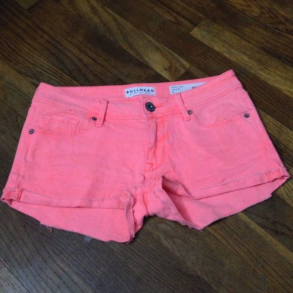 Bullhead neon shorts Orange/pink color, worn once. perfect for summer!! Bullhead Shorts
