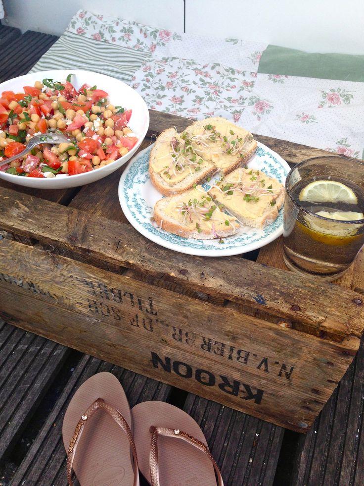Summer food… chickpea salad with tomato, coriander, feta, lemon juice, 'lil olive oil and a bit salt & pepper