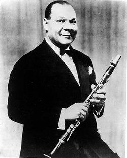 Sidney Bechet ♦ American jazz saxophonist, clarinetist and composer. http://www.youtube.com/watch?v=wT8D59Uhiss