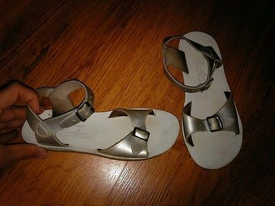Girl's SIZE 13 Silver Saltwater Surfer Leather Sandals