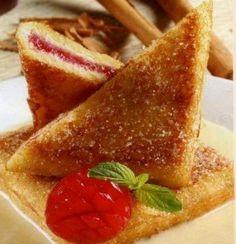 Pan frances relleno de mermelada, ahora lo hago asi todo el tiempoo, yum yum