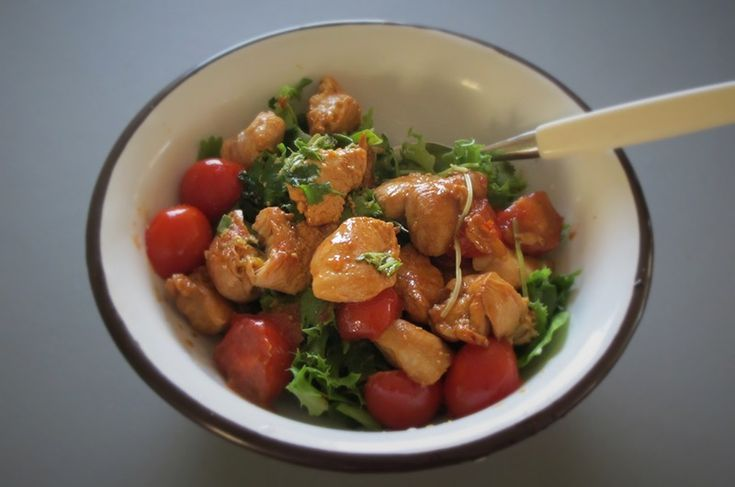 LowFODMAP / lavFODMAP  Simple, quick and juicy chicken salad  Enkel, rask og saftig kyllingsalat