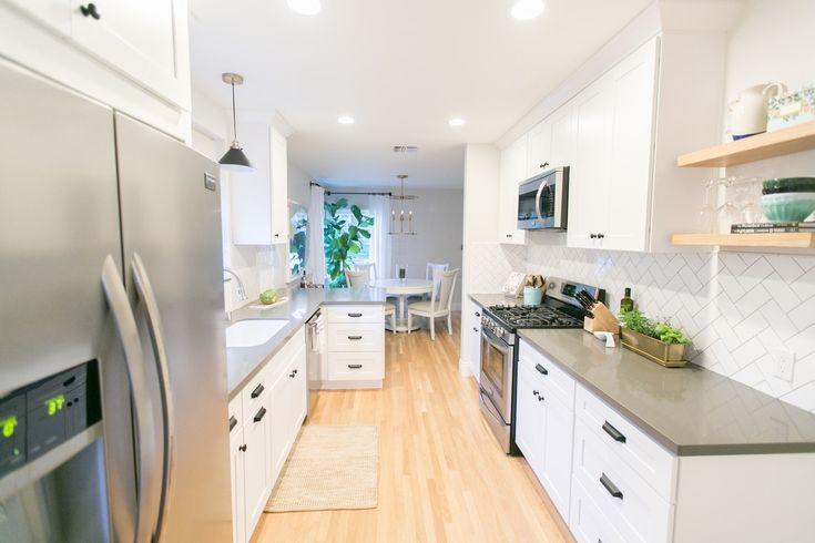 25 best ideas about oak floating shelves on pinterest. Black Bedroom Furniture Sets. Home Design Ideas