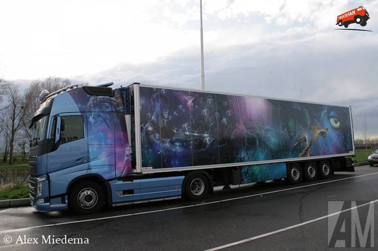 Did you like the movie 'Avatar'? Then you'll probably like this truck too.