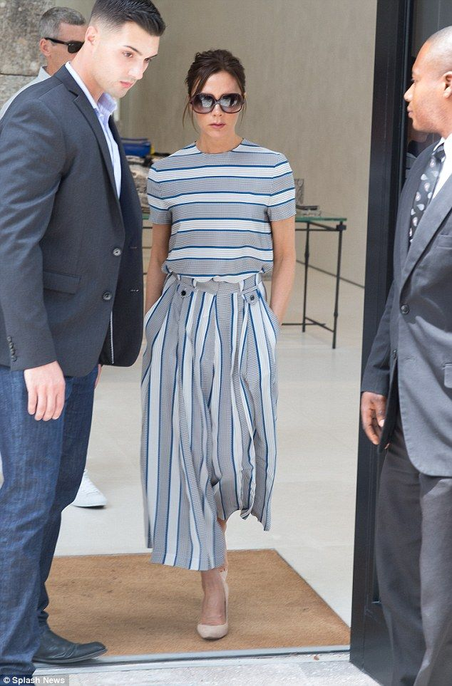 Victoria Beckham looks chic as she hunts for new store in Miami #dailymail
