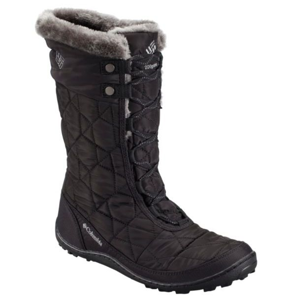 The Columbia Women's Minx Mid II Omni-Heat Boot is the ultimate versatile  lightweight boot for cold weather fun.