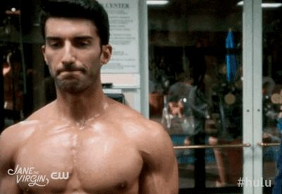 Pin for Later: The Best Shirtless TV Moments From 2015 Jane the Virgin Rafael (Justin Baldoni) shows off his pecs working out.