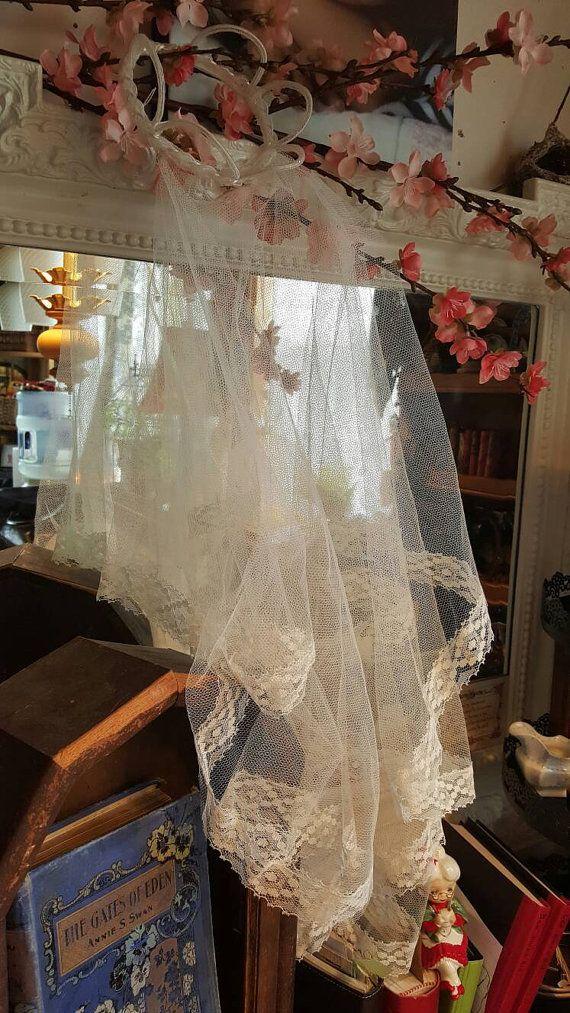 Simple Vintage Wedding Veil by johnsplendid on Etsy