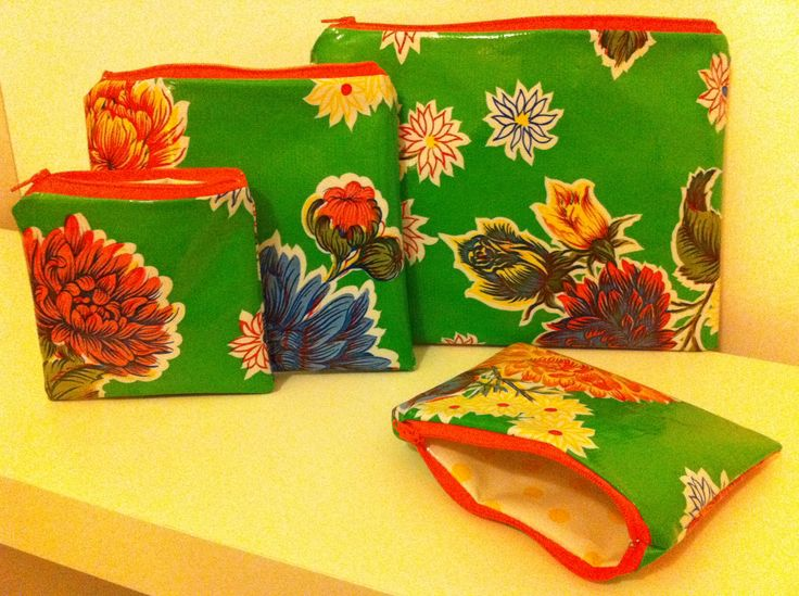 """Selection of Ntg! """"Zip-Its"""" in Green Mums (one of my personal fave oilcloth designs"""