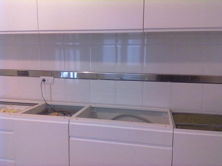 Fotos de cenefas de acero inoxidable decorar tu casa - Tapar azulejos cocina ...