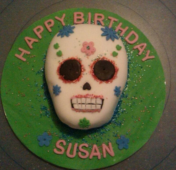 Skull (day of dead) cake
