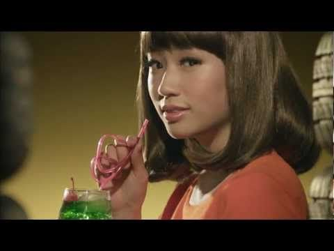 Yellow Hat auto supply commercial with retro styling - in Japanese