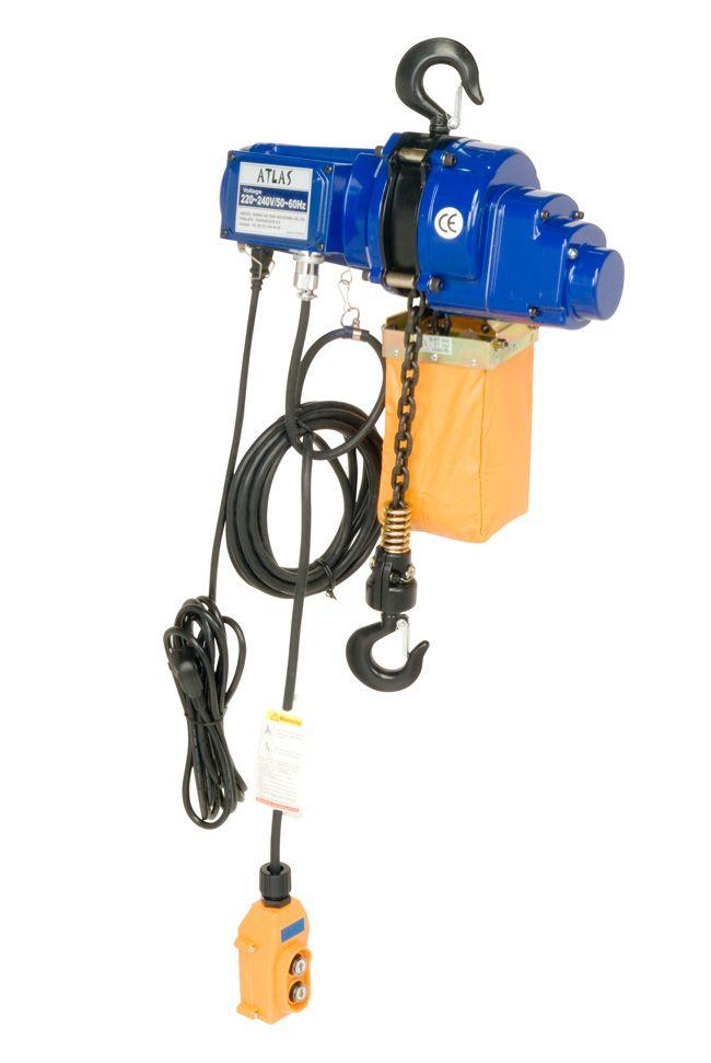 Atlas ATEC 05 model zincirli mini vinç (220 V), 500 kg yük, 6 metre zincir boyu. #vinc #zincir #atlas #electric #chainhoist #lifting  #mini  http://www.yukunuzuhafifletir.com/tr/urunler/kaldirma-ekipmanlari-caraskal-caraskal-vincler-vinc-zincirli-caraskal-zincirli-vinc/elektrikli-ceraskallar-vincler/elektrikli-zincirli-mini-vincler/500-kg-6-metre-mini-elektrikli-halatli-vinc-atlas-atec-05.html