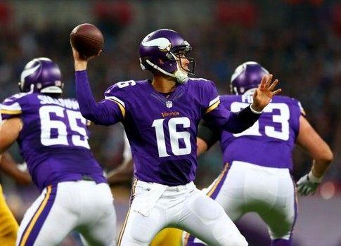 Matt Cassel Vikings: Adrian Peterson wants Cassel to remain as starter #NFL #Vikings