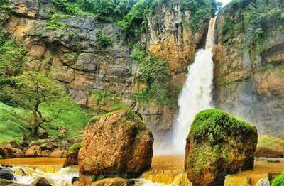 PERGIPEDIA  - Berpetualang Menyusuri Bebatuan Purba Di Geopark Ciletuh Sukabumi . Geopark Ciletu...
