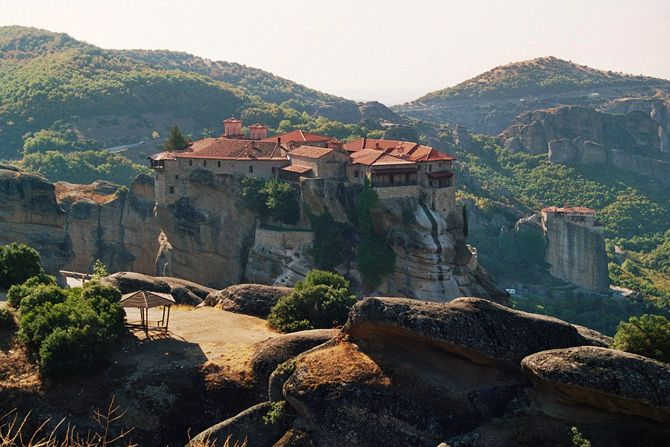 Monasteries of Meteora |the monasteries built on top of the rocks look like a natural extension of the massifs - Copyright © wondergreece.gr