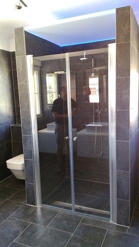 Mampara de ducha con sistema de puertas abatible for Mamparas tenerife